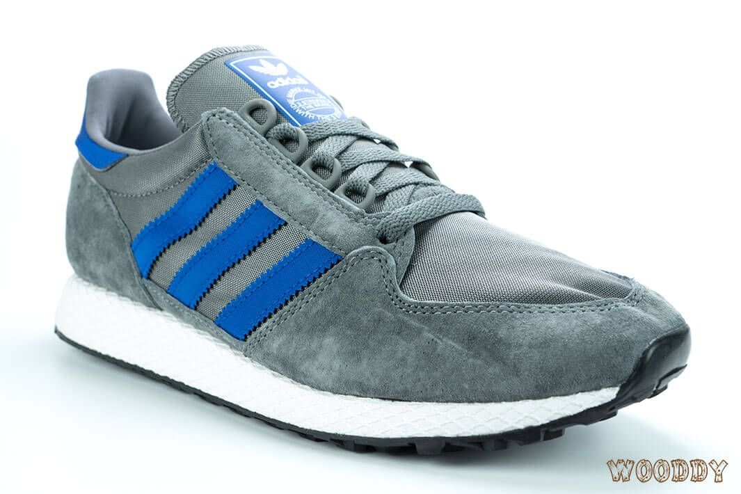 adidas Forest Grove Gris